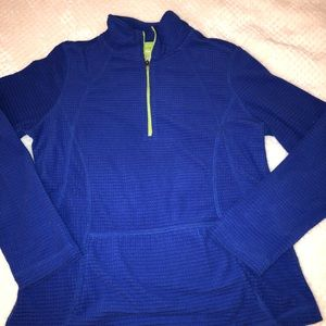 Blue pull over!